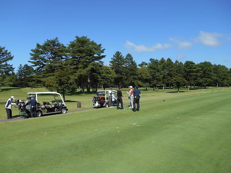群馬営業所開設15周年記念ゴルフコンペ『軽井沢72・北コース』にて開催